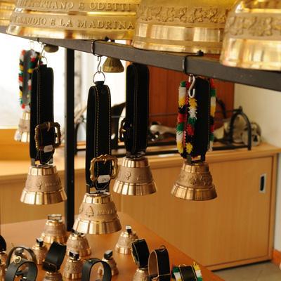 Moreau artisanal bronze bell foundry